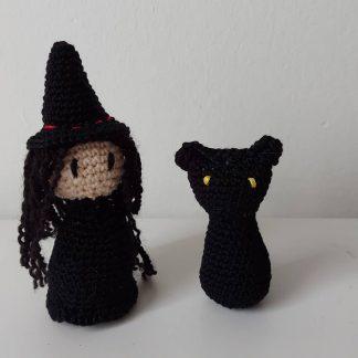 Heks en zwarte kat